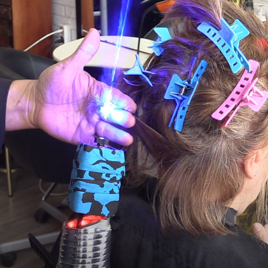 """#FRIDAYFUNNY: Umm…the future of haircutting? Meet the stylist who is using """"fricken lasers"""" to…"""