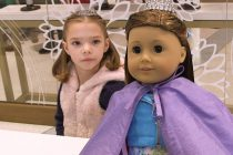GENIUS MARKETING IDEA: American Girl Place in New York gives matching makeover to girls…