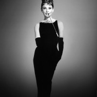 audrey-hepburn-1961-breakfast-tiffanys-holly-golightly-dvdbash19